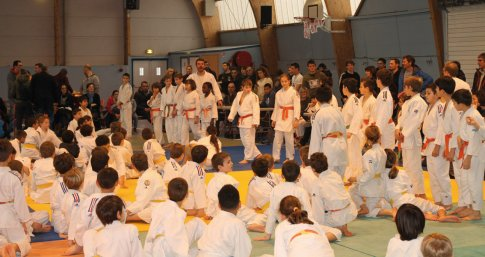 Interclubs de judo  - JPEG - 243.7 ko
